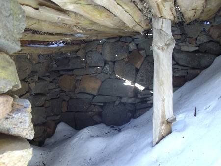 A tiny goatherds' hut,  Roque de los Muchachos, Garafia, La Palma