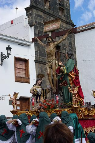 Procession with statues of Jesus, Mary Magdelene and St John