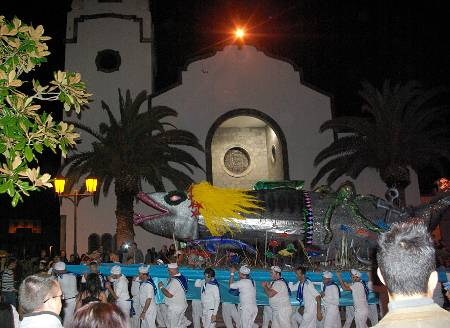 The Sardine's funeral passing Los Sauces church, La Palma