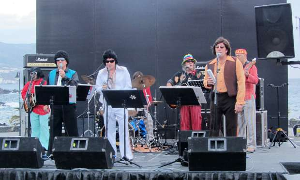 La Retranka, the 1960s band, playing at Los Cancajos