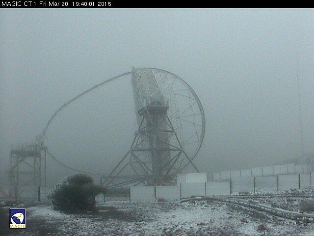 The MAGIC telescope webcam, Roque de Los Muchachos, 20/03/2015 Snow and ice
